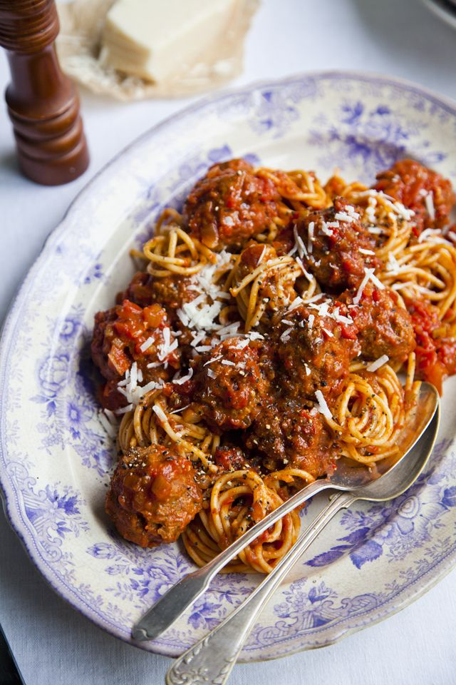 Rich Tomato Italian Meatballs With Linguine | DonalSkehan.com, Perfect midweek dinner.