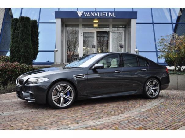 BMW 5 SERIE M5 4.4 V8 M-DCT