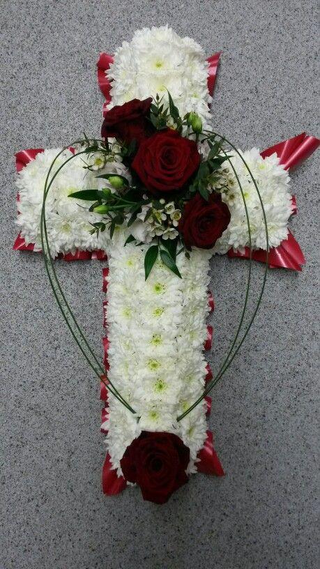 Based cross, funeral