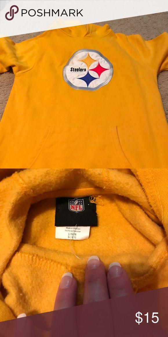 Pittsburg steelers hoody Pittsburg steelers hoody youth large (14-16) NFL Shirts & Tops Sweatshirts & Hoodies