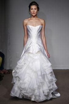 http://www.mariage.com/robes-de-mariee/les-robes-par-marque/1120-anna-maiercollection-printemps-ete-2014 Anna Maier, collection printemps-été 2014