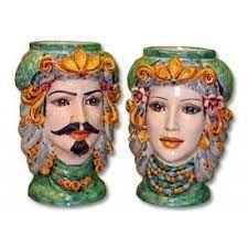 Teste di Re e Regina, con drappo e decori tradizionali. Pottery from Caltagirone  #TestediMoro #Ceramica #Sicilia #OpuntiaPutia #OpuntiaStore