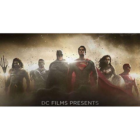 DCヒーローたちが結集する映画『ジャスティス・リーグ』あらすじ公開!チーム結成は遅すぎた!? 「空前絶後のヒーローチームを結成したにもかかわらず、壊滅的なレベルの襲撃から地球を守るにはすでに遅すぎたのかもしれない」 #ジャスティスリーグ  #バットマン  #スーパーマン  #ワンダーウーマン  #フラッシュ #アクアマン  #サイボーグ  #dccomics  #justiceleague  #benaffleck  #henrycavill  #ezramiller  #galgadot  #batman  #superman