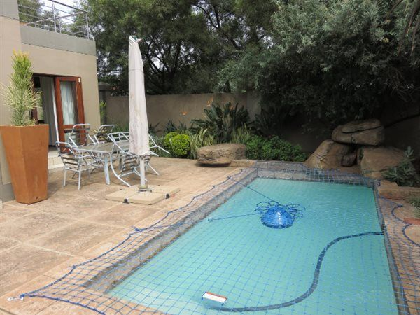 Explore this property 3 Bedroom House in Silver Stream