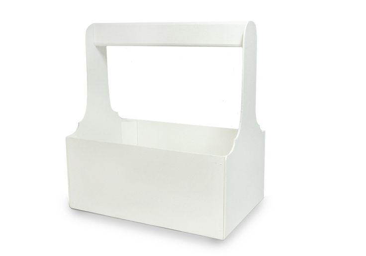 Декоративный ящик выполненный в белом цвете. Окрашен, собран, склеен и сколочен вручную. Прекрасно подойдет для упаковки цветочных композиций. В белом ящике будут хорошо смотреться розы, тюльпаны, хризантемы, лилии, герберы, ромашки. Рядом с букетом можно разместить коробочку с туалетной водой или игрушку. #Канышевы #Подарочнаяупаковка #упаковкадляподарков #Эксклюзивнаяупаковка #упаковкадлякорпоратиногоподарка #корпоративныйподарок #упаковатдетскийподарок #подарокнановыйгод #красиваяупаковка…