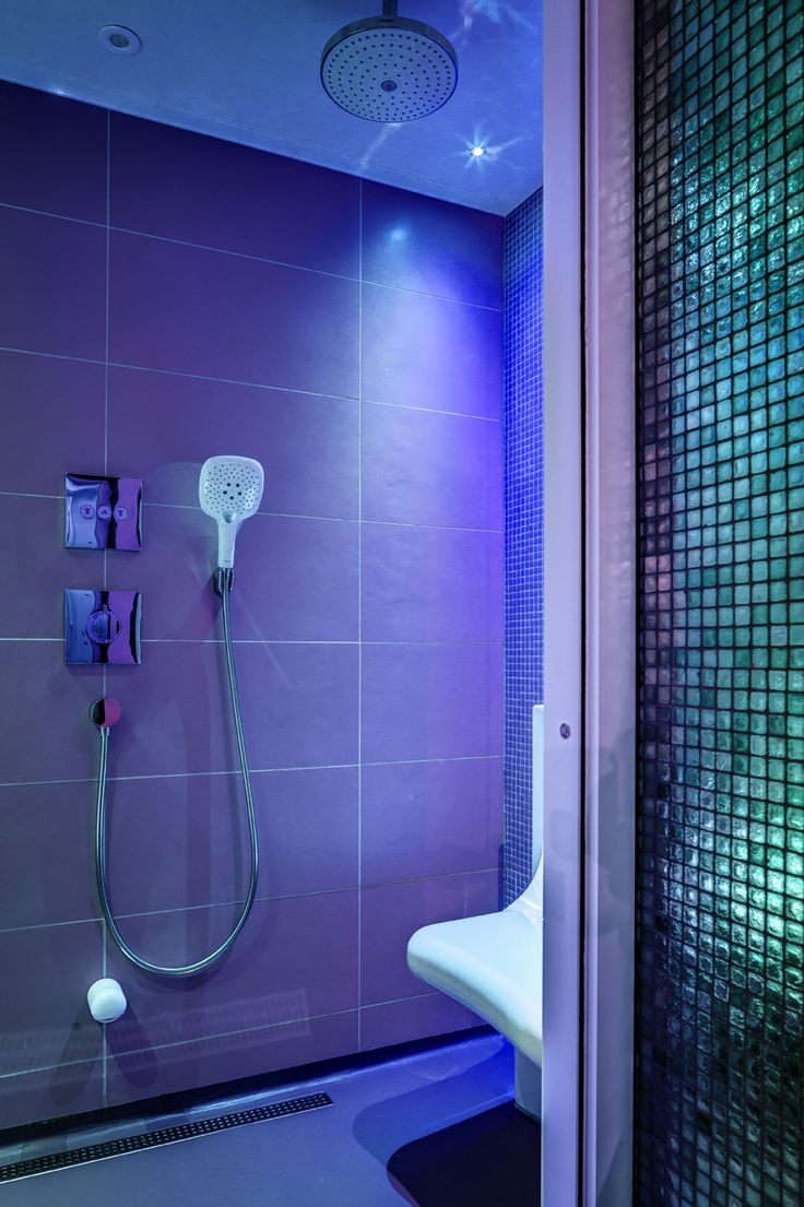 Bathroom shower lights - A Blue Light In The Steam Shower Will Help You Relax