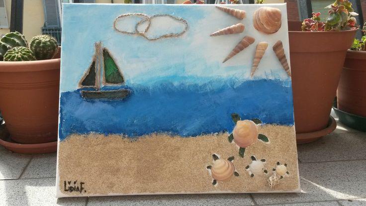 Rappresentare il mare sulla tela.   Canvas decorated with small turtles, sand and seashells