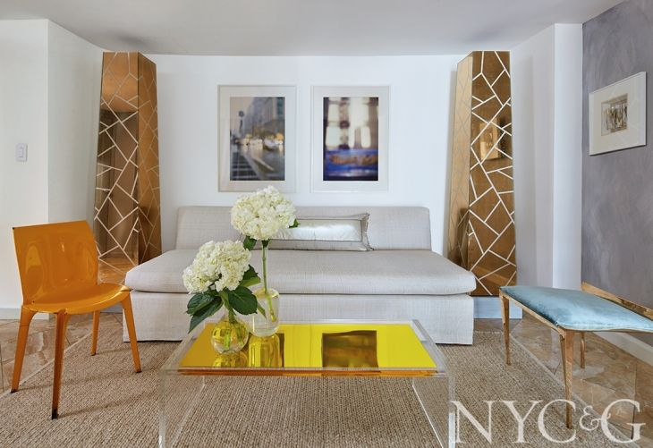 Tour A 1 600 Square Foot Manhattan Apartment With High Style Cottages Gardens Manhattan Apartment Interior Interior Design
