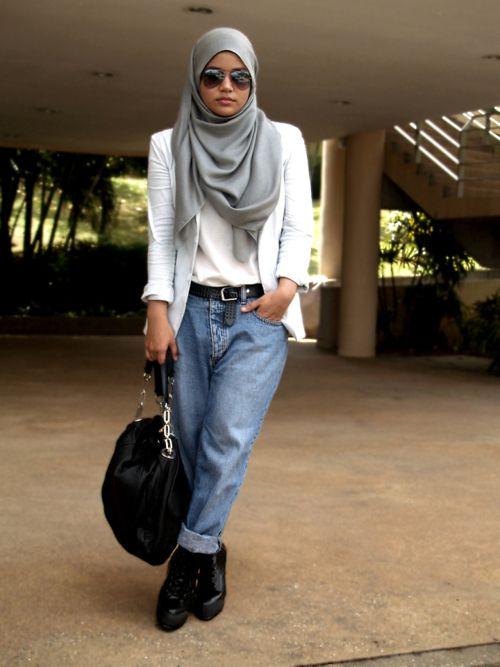 Boyfriend jeans + blazer