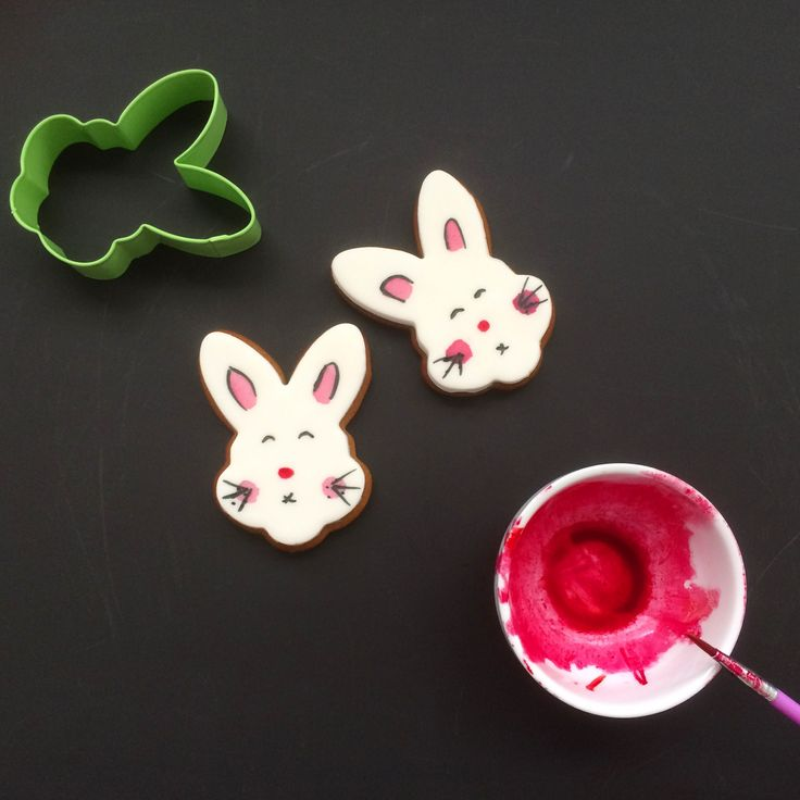 Easter bunny gingerbread cookies