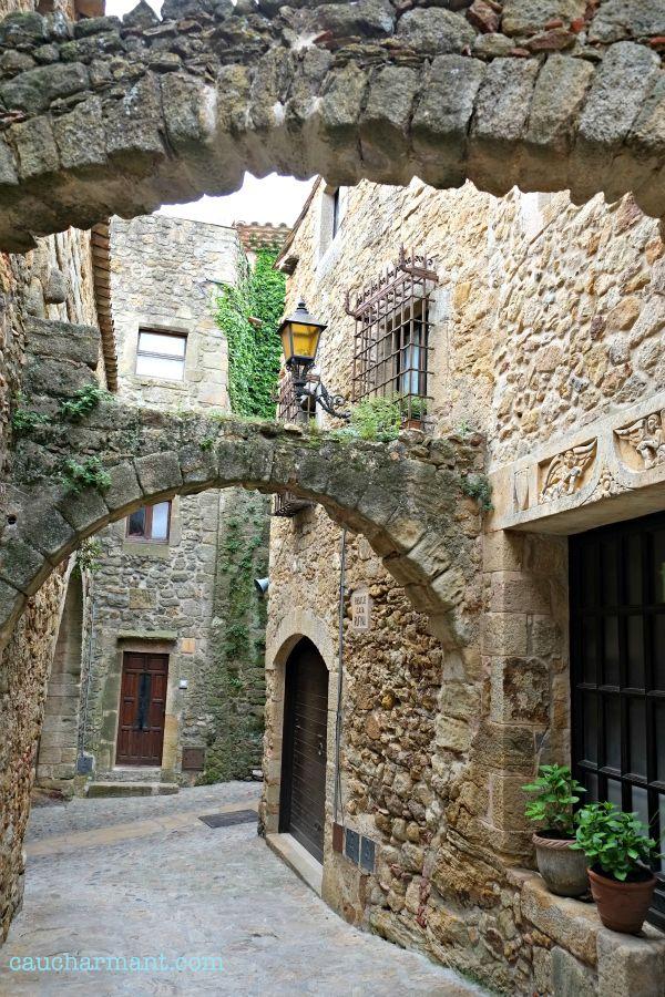Pals, donde habita el encanto de la Costa Brava. Lugares con encanto. Pueblos con encanto. Baix Empordà. www.caucharmant.com