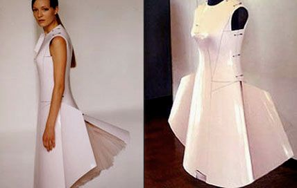 Hussein Chalayan, Airplane Dress, made of fiber glass, changes its shape by remote control.