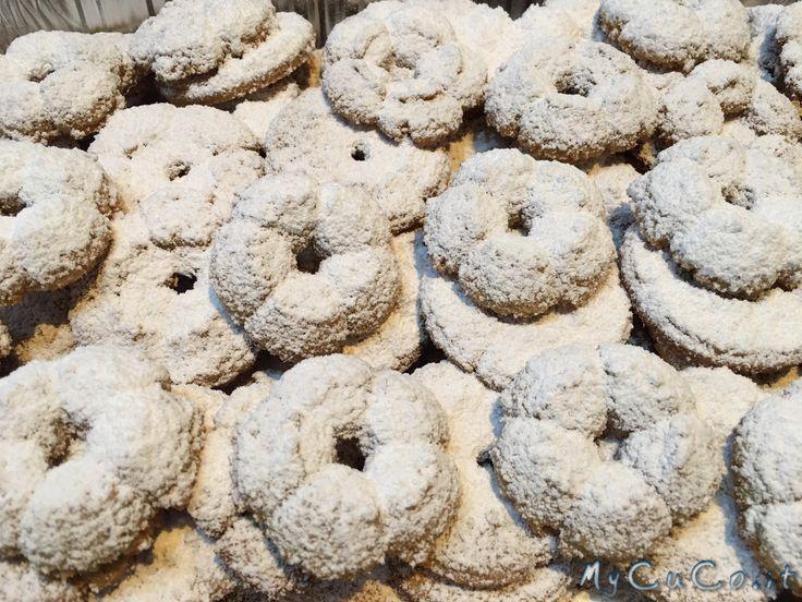 Biscotti con farina di orzo, impastati col CuCo Moulinex - http://www.mycuco.it/cuisine-companion-moulinex/ricette/biscotti-con-farina-di-orzo-impastati-col-cuco-moulinex/?utm_source=PN&utm_medium=Pinterest&utm_campaign=SNAP%2Bfrom%2BMy+CuCo