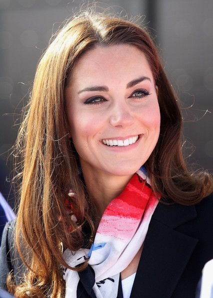 Classic and casualDuchess Of Cambridge, Kate Royal, Beautiful Kate, Middleton Photos, Catherine Middleton, Kate Middleton, Katherine Middleton, Catherine Kate, Admire Women