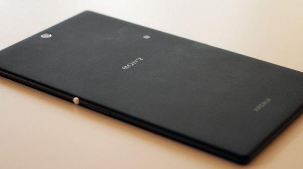 Il tablet gigante di Sony potrebbe arrivare prima dell'iPad Maxi http://www.sapereweb.it/il-tablet-gigante-di-sony-potrebbe-arrivare-prima-dellipad-maxi/         (Foto: Maurizio Pesce / Wired)  Secondo alcune fonti non ufficialiriportate daDigiTimes, Sony avrebbe in cantiere un tablet gigante con caratteristiche molto simili al prossimo atteso modello di iPad. Le voci sostengonoche il gadget arriverà sul mercato nella...