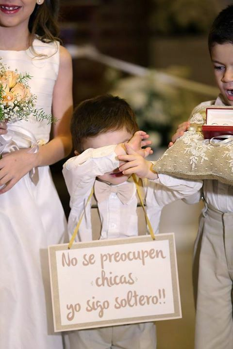 Cortejo nupcial / pajes / Flower girls/boys.