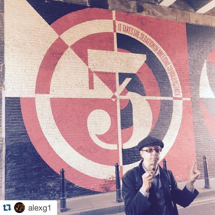 #Repost @alexg1 with @repostapp. ・・・ #touriocity #travelcurious #Touriocitytravel #coollondon #londontour #streetart