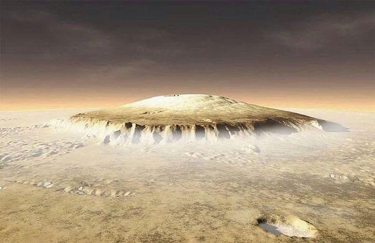 Олимп - самая высокая гора в Солнечной системе. Находится на Марсе, высота - 21.2 км (земной Эверест, 8,8 км - не конкурент). Олимп простирается на 540 км в ширину и имеет крутые склоны по краям, высотой до 7 км.