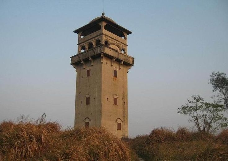 Rammed Earth Watchtowers in Kaiping, China
