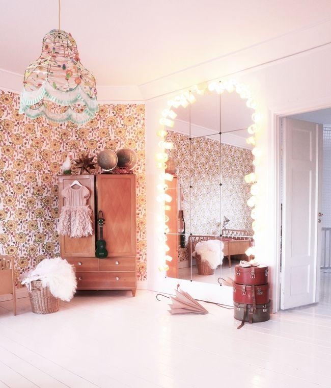girly interior #mirror #pink  - for more inspiration visit http://pinterest.com/franpestel/boards/