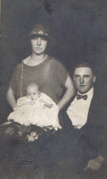 Aa Marthina Jacoba Nel (Non), Marthina Jacoba Prollius (OumaTienie) and Frederick Baldwin Prollius (Oupa Dad)