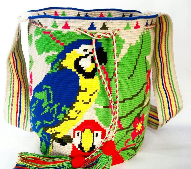 macaw desing in bag wayuu