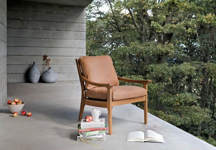 Revir armchair
