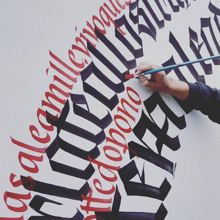 """""""Mi piace"""": 102, commenti: 1 - Francesco Muti (@piger_piger_piger) su Instagram: """"#calligraphy #brush #gothic #italic #handmade #piger #piger_piger_piger #circle"""""""