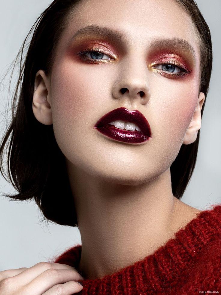Top Zara (On Skin) Pat McGrath Labs Gold 001, OCC Makeup Lip Tar in Black Dahlia Metallic