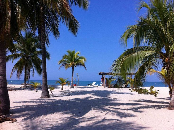 A perfect beach at San Andres island in the Caribbean. San Andres y Providencia, Colombia.