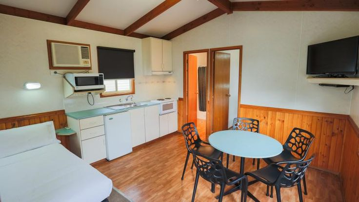 Fine dine in our one Bedroom Deluxe Cabin here at #MelnourneBIG4.