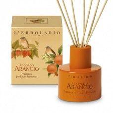Accordo Arancio illatú illóolaj Mandarin, keserű narancs és lampionvirág-kivonattal - Rendeld meg online! Parfüm és kozmetikum család a Lerbolario naturkozmetikumoktól