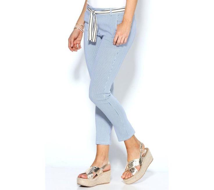 Nohavice so zvislými prúžkami a opaskom | modino.sk #ModinoSK #modino_sk #modino_style #style #fashion #summer #trousers