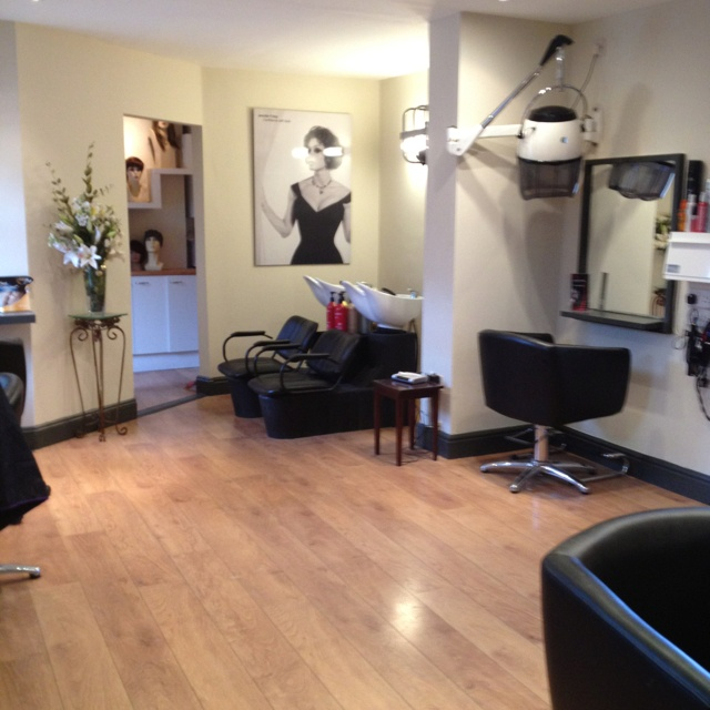 Best Hair Salon In The Conroe Tx Area: 195 Best Images About Home Salon Ideas :) On Pinterest