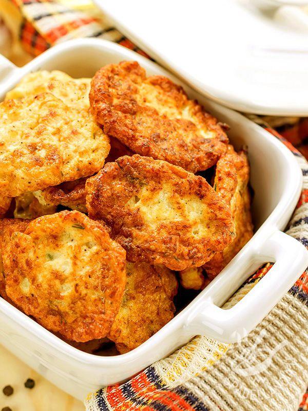 Le Crocchette di cavolfiore ed emmental, dette anche Cutlets, sono un secondo vegetariano davvero appetitoso, genuino e molto saporito!
