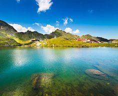 6 lacuri din România în care să te răcoreşti în zilele caniculare