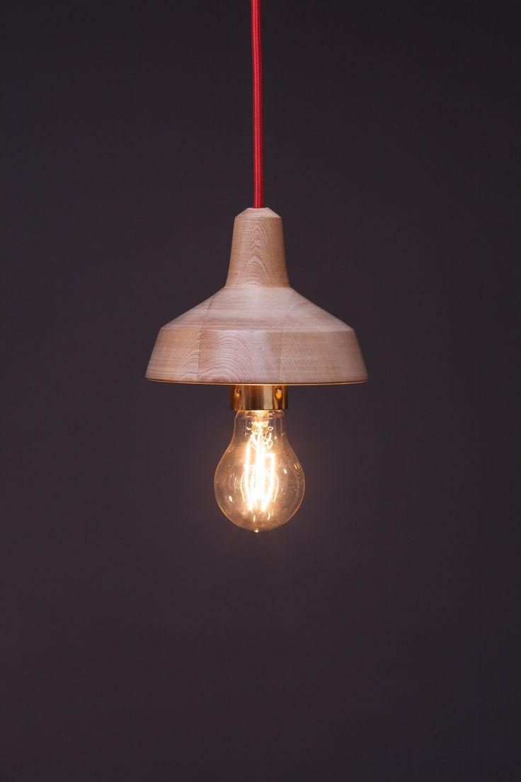 Fen.02 | Lámpara de mañio