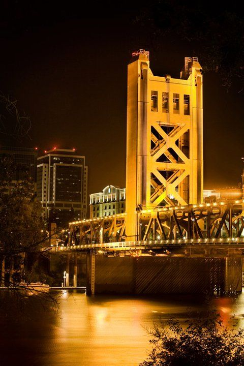 Tower Bridge, Sacramento, California http://ethanvanderbuilt.com/2013/06/27/my-hometown-sacramento-california/  I live really close! It's gorgeous!