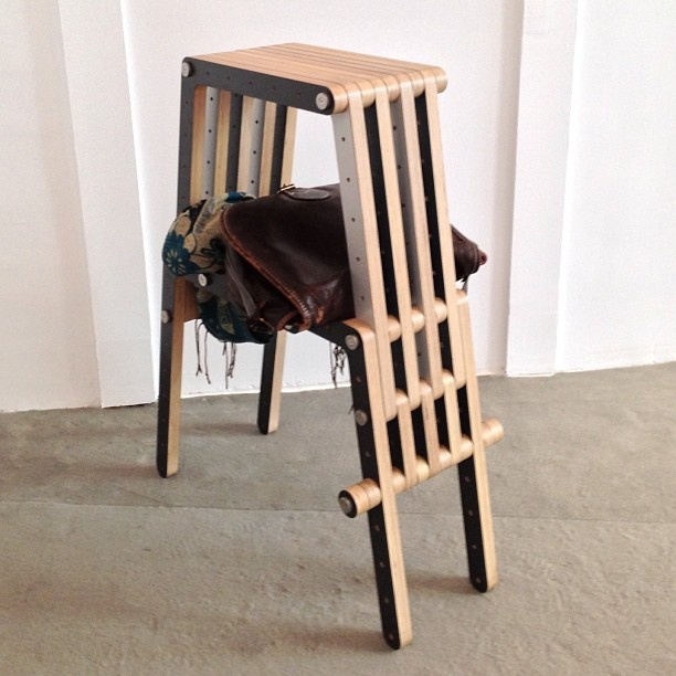 Unexpected shelf in Redo-me's stool @ #casadecor