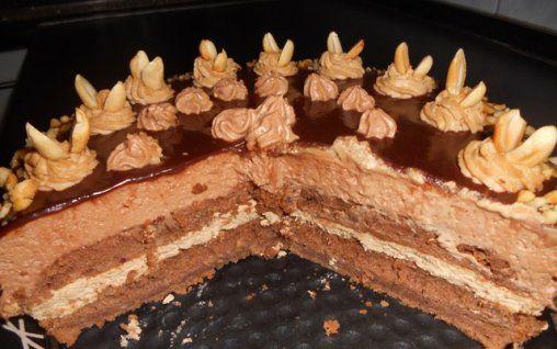 Retete Culinare - Tort imbatator de ciocolata cu alcool