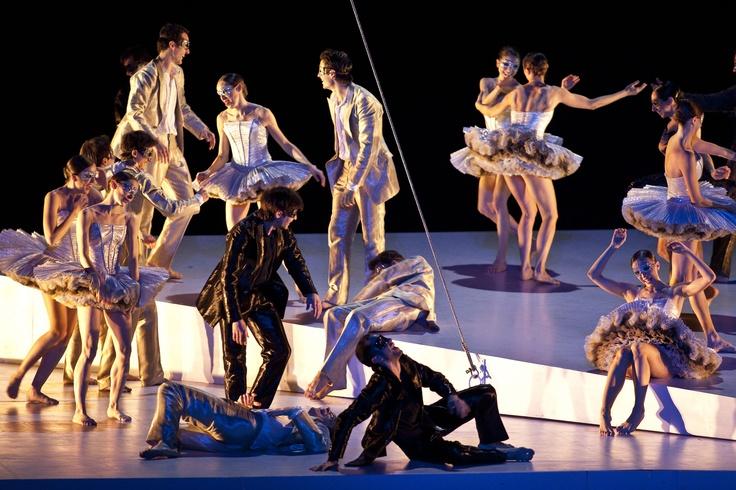 The masked ball. Roméo et Juliette, Part two