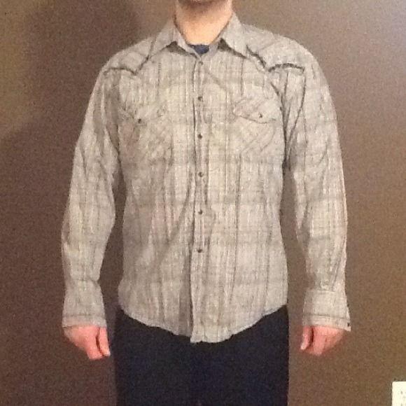 Men's bottom up Men's gray checkered shirt like new worn once great condition kowboy Shirts