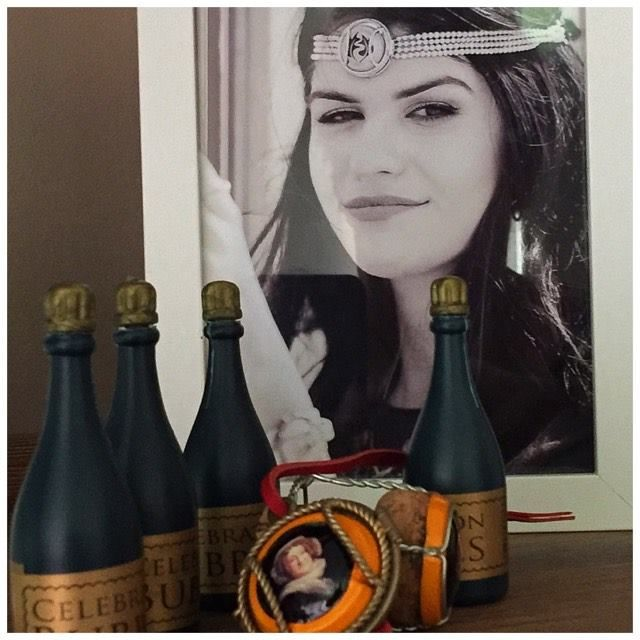 Wearing Memories jewellery. Interchangeable Lockets that allow you to wear champagne caps. Veuve Clicquot cap in the Ready-To-Wear Locket. carol@wearingmemories.com