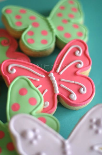 Pink Butterfly Cookies By: @Kathia