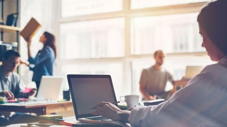 pemasaran online terus berkembang, memberikan Anda dengan cara-cara baru untuk menarik audiens target Anda dan mengubahnya menjadi penjualan dan pendapatan. Meskipun ada mesin pencari optimasi dan...