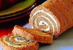 Ингредиенты: - 1 кг печени говяжьей - 2 шт. репчатого лука - 2 моркови - 150 г масла сливочного - соль, перец — по вкусу Печень...