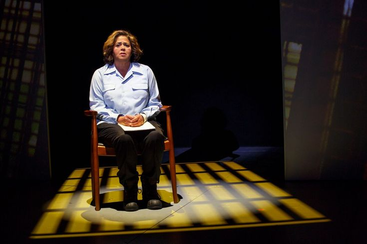 Anna Deavere Smith in 'Notes From the Field' at 2d Stage - review