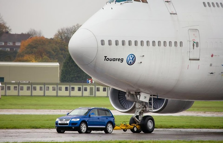 VW Touareg pulling a 747 Boeing Plane courtesy of Fifth Gear.