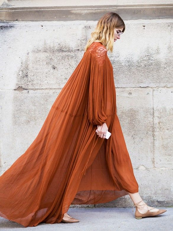Airy, oversize maxi dresses go well with ankle-tie flats or sandals