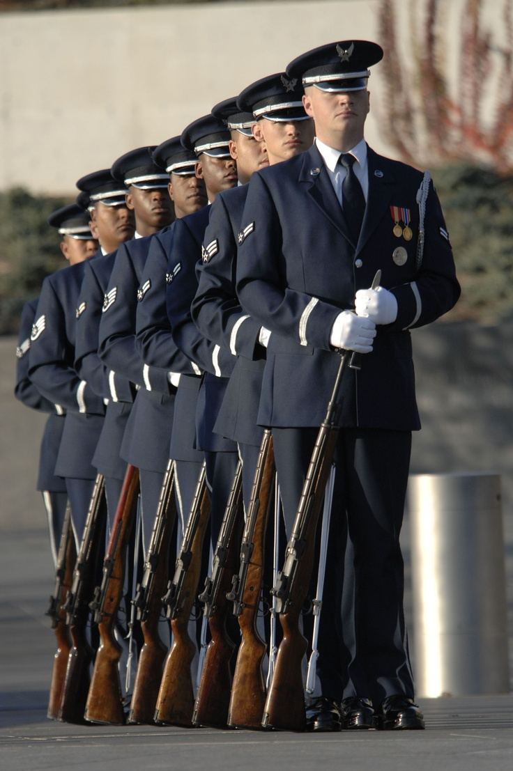 US Air Force ceremonial honor guard drill team
